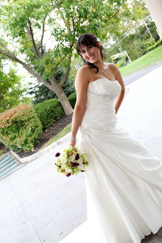 Bride Posing,Bridgewater Manor,NJ Wedding Photographer